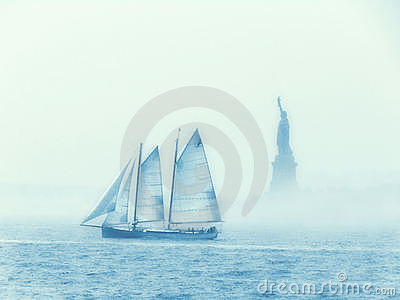 Sailing Past Liberty Stock Photos - Image: 20712843
