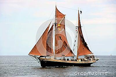 Sailing-ship-6