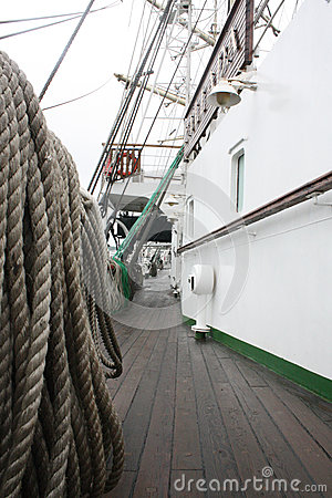 Free Sailing Ship Rope Lines Royalty Free Stock Images - 30979709