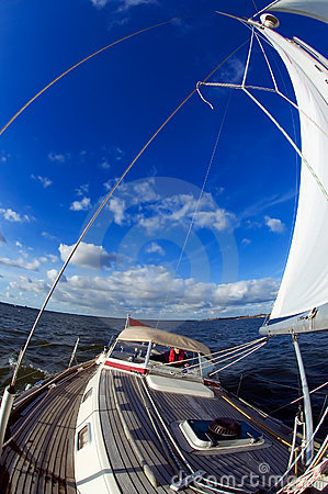 Free Sailing Under Blue Sky Royalty Free Stock Photos - 1784718
