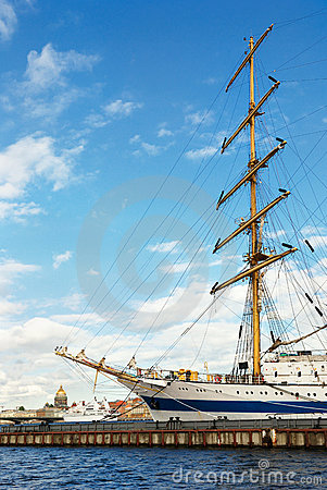 Sailing vessel in St-Petersburg port