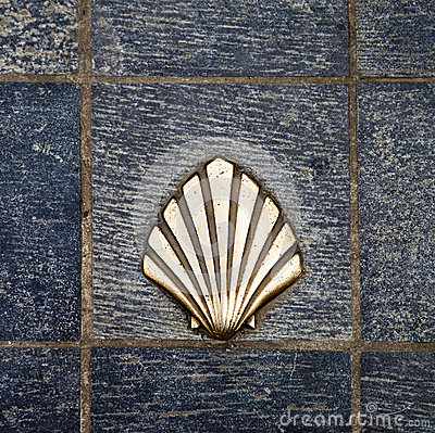 Free Saint James Way Shell Golden Metal On Streets Royalty Free Stock Photo - 46903295