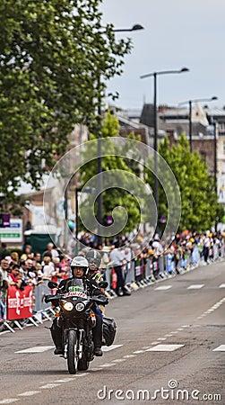Bicicleta oficial durante Le Tour de France Imagem Editorial