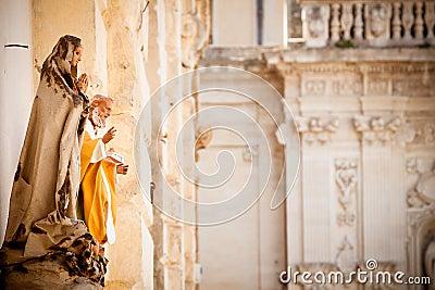 Saint statues in Lecce