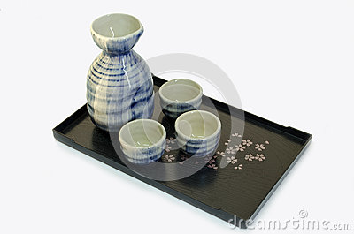 Sake cups and bottle