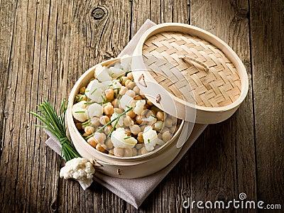 Salad with cauliflower
