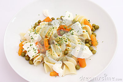 Salad of noodles and vegetables