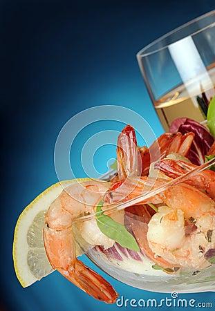 Free Salad Of Shrimps Stock Image - 6030981