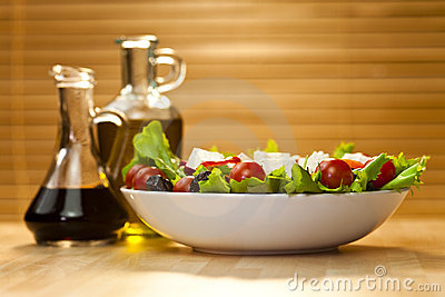 Salad with Olive Oil and Balsamic Vinegar Dressing