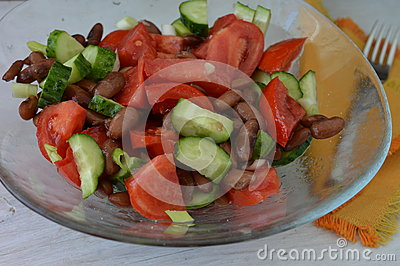 Salad with red beans