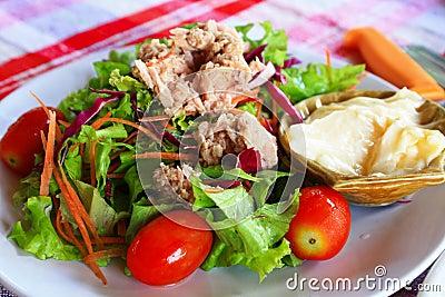 Salad With Tuna.