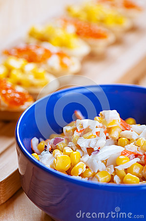 Free Salad With Corn In Blue Plate Stock Photos - 28465033