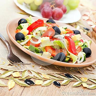Salada grega dos vegetais