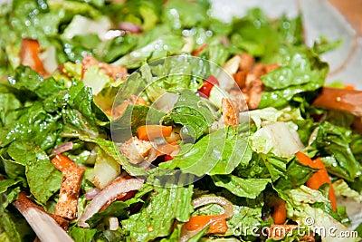 Salada de legumes verdes