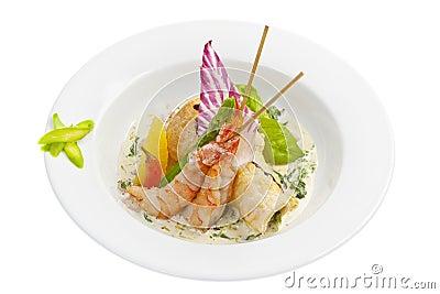 Salade avec la crevette