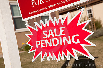 Sale Pending Real Estate Burst Sign