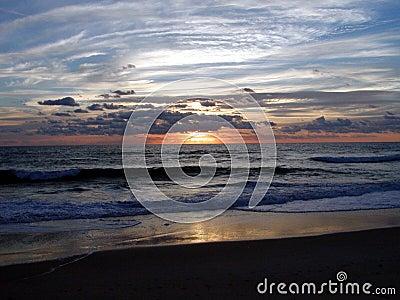 Salida del sol 5 del océano