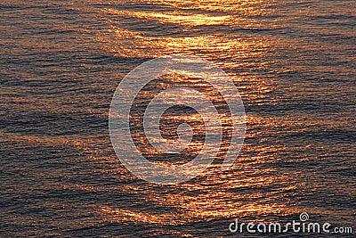 Salida del sol del mar