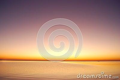 Salida del sol púrpura