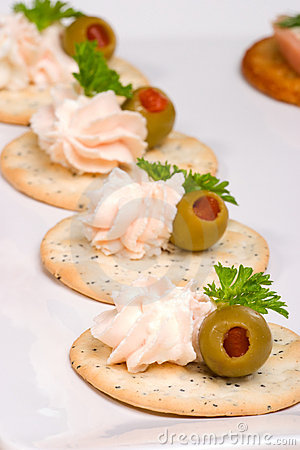 Free Salmon Cheese Canape Royalty Free Stock Images - 4687999