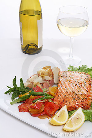 Free Salmon Dinner Stock Images - 2616624