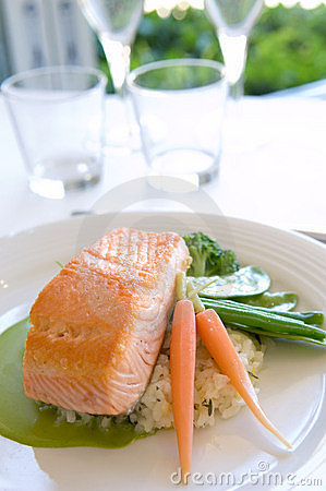 Free Salmon Dish Stock Photos - 382973