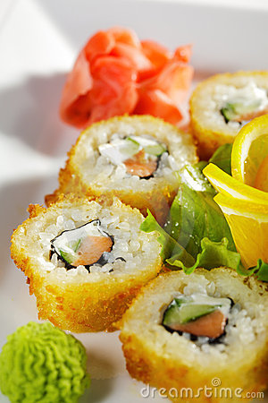 Salmon Fried Roll