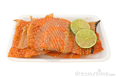 Salmon with green lemon.