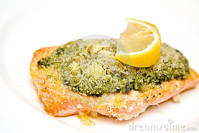 Salmon steak with basil pesto