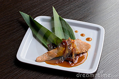 Salmon with sweet-and-sour sauce