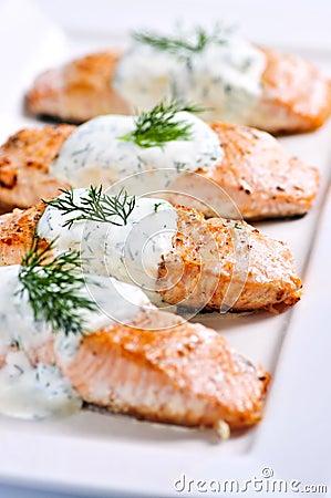 Salmones cocinados