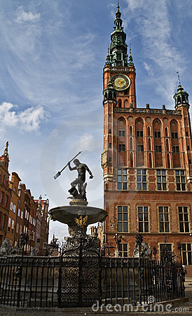 Salão de cidade de Gdansk e Netuno