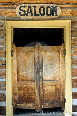 Free Saloon Doors Royalty Free Stock Image - 5051586
