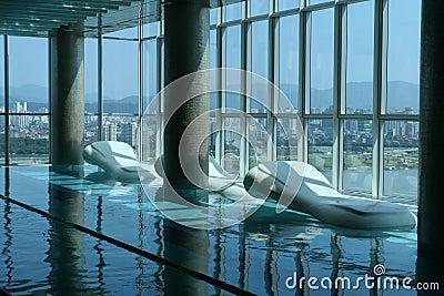Salowy luksusowy basen