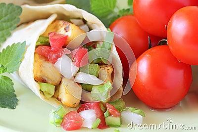 Salsa fresca wrap