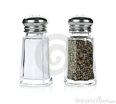 Free Salt And Pepper Shakers Royalty Free Stock Photography - 15914387