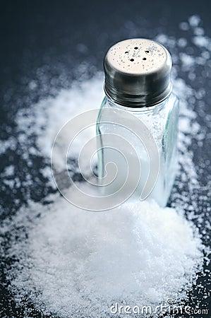 Free Salt And Salt Shaker Stock Photography - 70783772