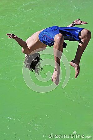 Salto into the green