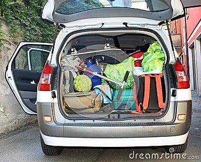 Samochód folujący bagażu bagażnik bardzo
