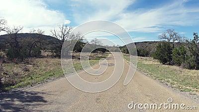 Samochód POV przejeżdżający przez pustynię Teksas zdjęcie wideo