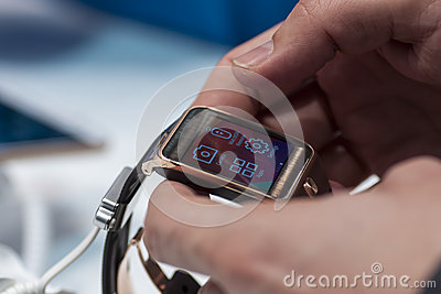 SAMSUNG GEAR 2, MOBILE WORLD CONGRESS 2014 Editorial Stock Image