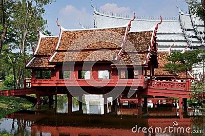 Samut Prakan, Thailand: Thai Covered Bridge