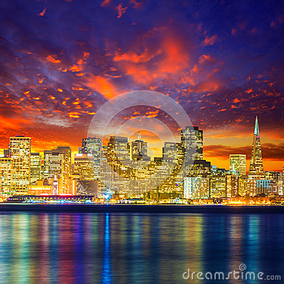 Free San Francisco Sunset Skyline California Bay Water Reflection Royalty Free Stock Photo - 36815835