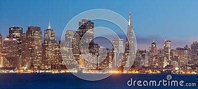 San Fransisco przy nocą