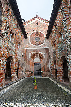 San Nazzaro Sesia (Novara), abbey