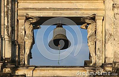 San Pedro bell