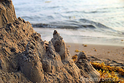 Sand castle and seaweed