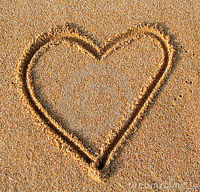Free Sand Heart Royalty Free Stock Photography - 117997