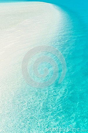 Free Sandbar In Turquoise Pacific - Wallpaper Stock Photography - 103149192