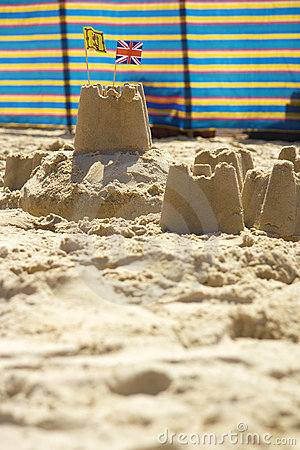 Sandcastles and windbreak